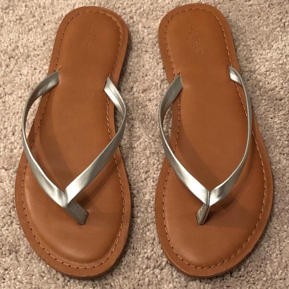 Girls Silver Flip Flops Size